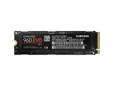 Samsung MZ-V6E1T0BW SSD 960 Evo NVMe M.2 1 TB mit bis zu 3.200MB/s sequentielle Lese und 1.900MB/s Schreibgeschwindigkeit -